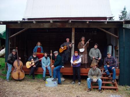 band-in-bartletts-barn